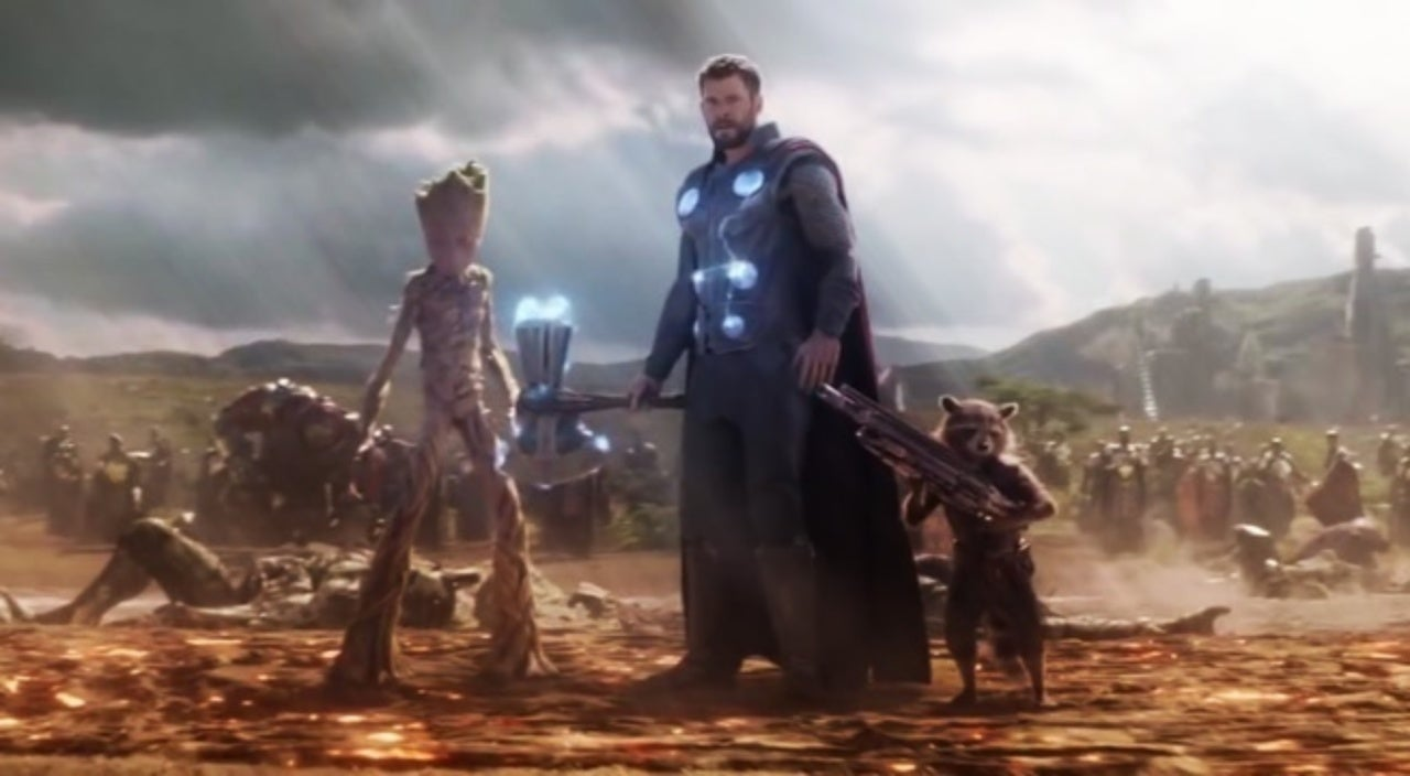 Avengers: Infinity War – Why can Groot lift Stormbreaker?