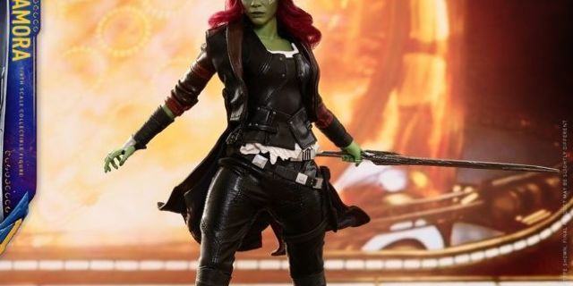 hot-toys-gamora-figure