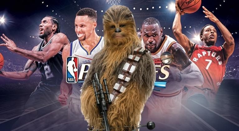 solo-a-star-wars-story-chewbacca-nba-playoff-courtside