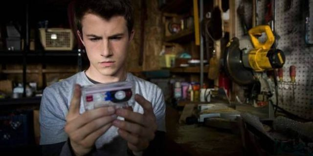 13-reasons-why-clay-jensen-dylan-minnette-20031179