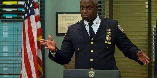 brooklyn-nine-nine-Captain-Raymond-Holt