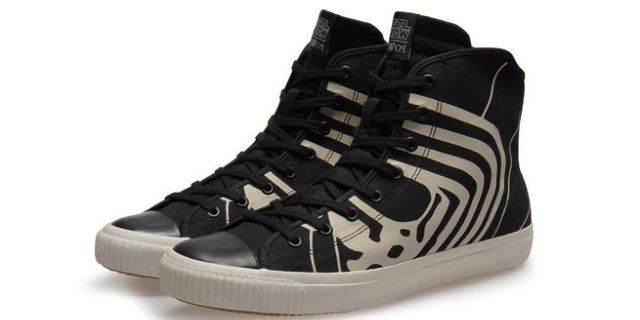 kylo-ren-star-wars-sneakers