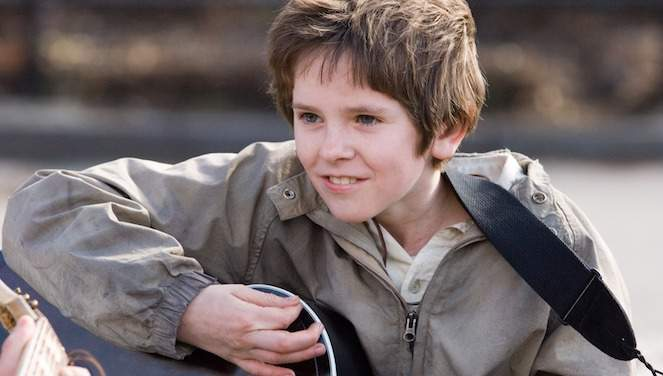 freddie-highmore-august-rush