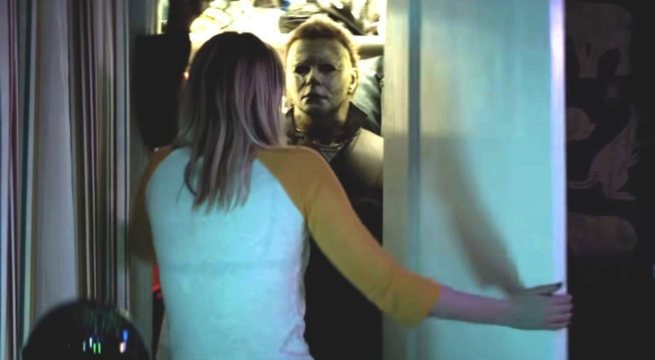 new halloween extended trailer debuts at san diego comic con