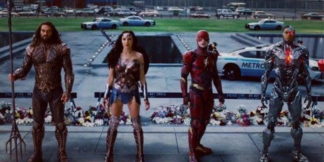 justice league superman return fight