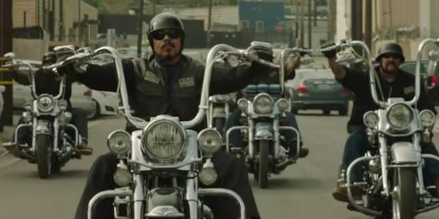 mayans-mc-sons-of-anarchy-kurt-sutter-fx-20024619