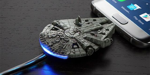 millennium-falcon-microusb-charging-cable