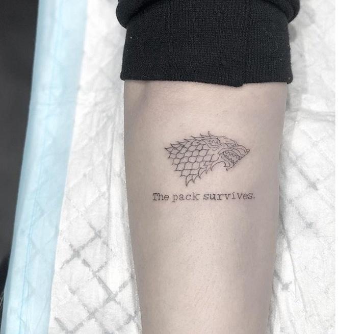 sophie-turner-wolf-tattoo-lauren-winzer-20037601