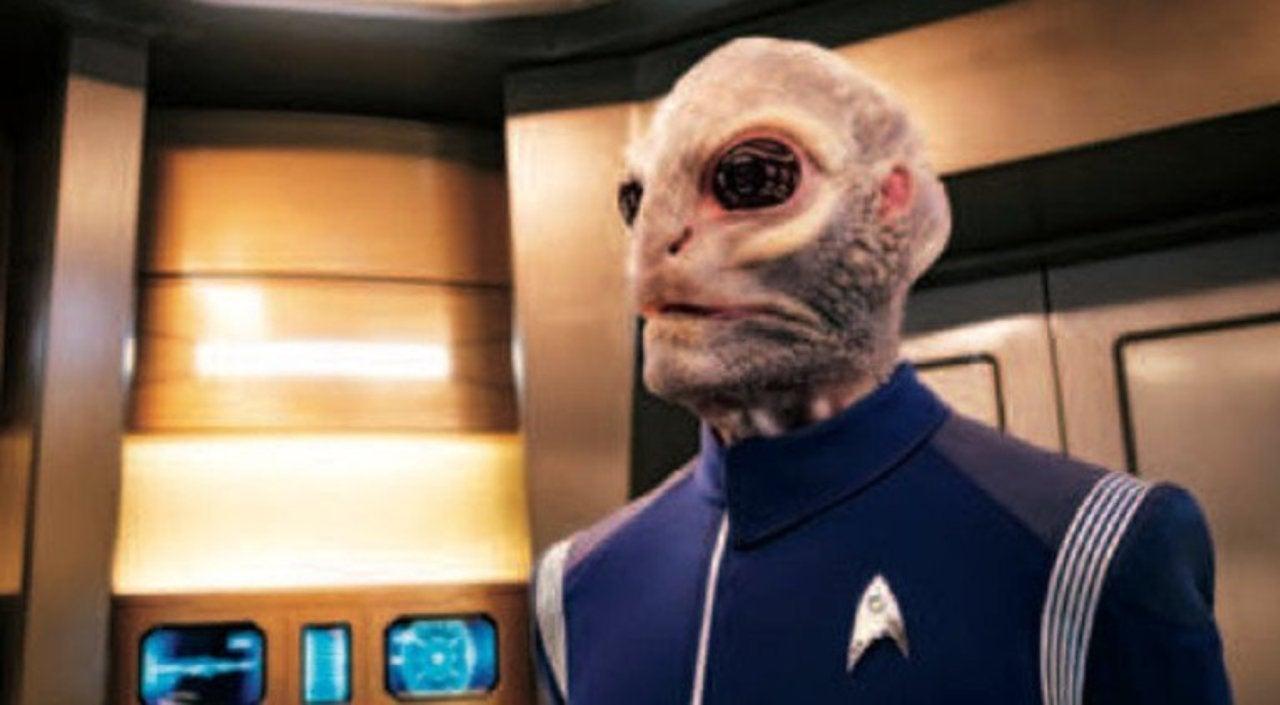 star trek: discovery' season 2 photo reveals new saurian character