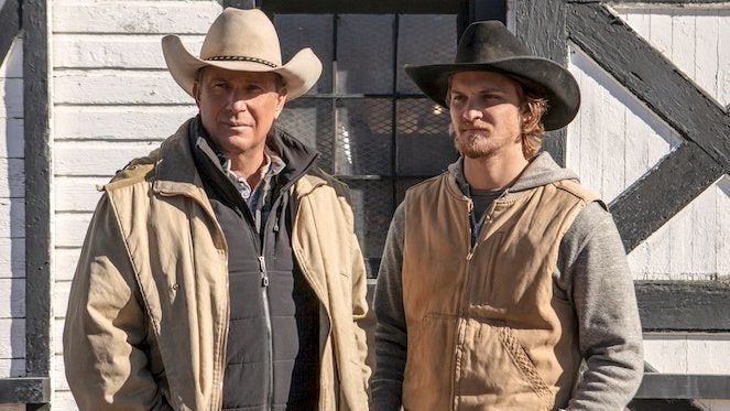 Yellowstone-kevin-costner-luke-grimes-Paramount-Network