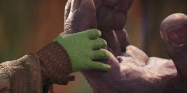 avengers-infinity-war-thanos-gamora-vulnerable