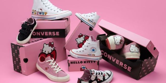 hello-kitty-converse-sneakers-top