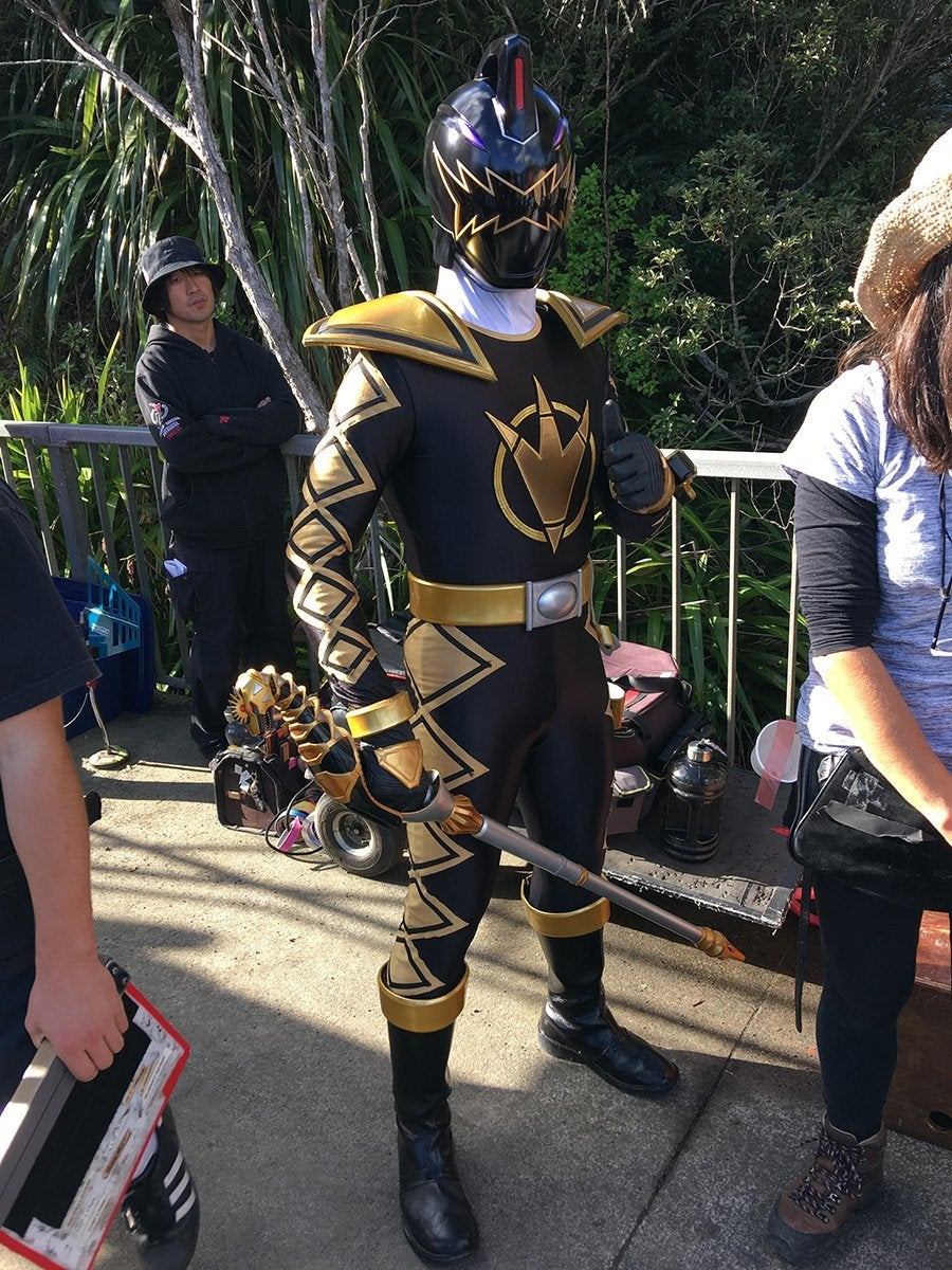 Power Rangers 25th Anniversary Set Photos Spotlight Black Dino Tommy