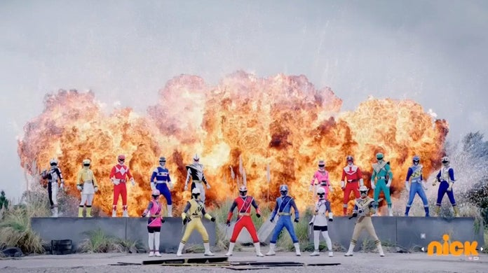 Power-Rangers-25th-Anniversary-Ep-11