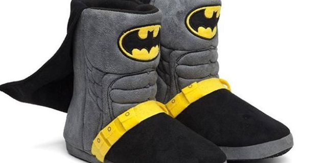 batman-caped-costume-slippers