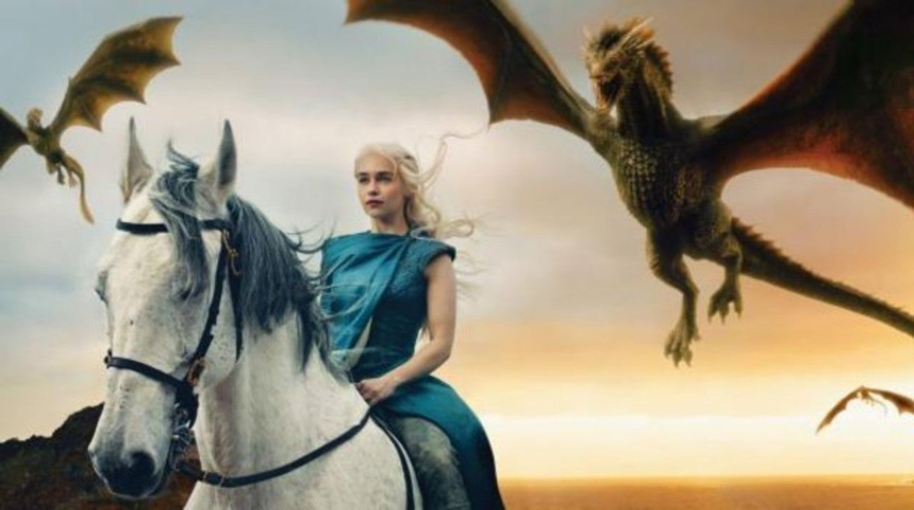 Game Of Thrones Emilia Clarke Shows Off Her New Dragon Tattoos