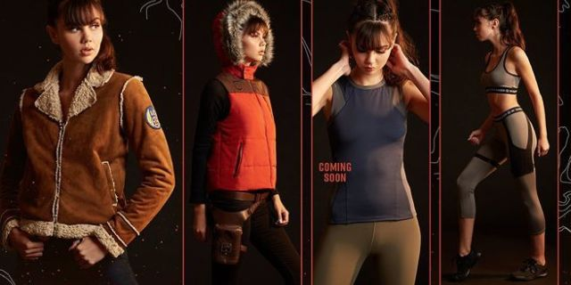 hot-topic-her-universe-tomb-raider-fashion-line