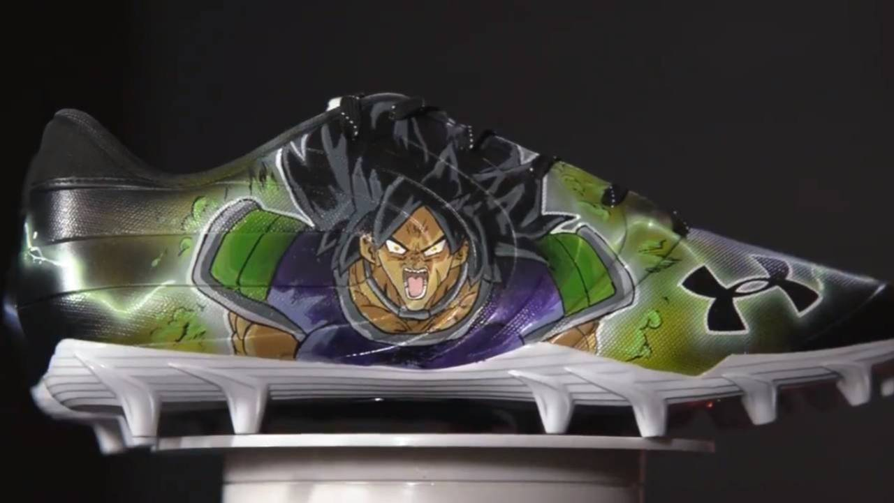 the latest cf074 a0bae Atlanta Falcons Player Shows-Off Slick  Dragon Ball Super  Cleats