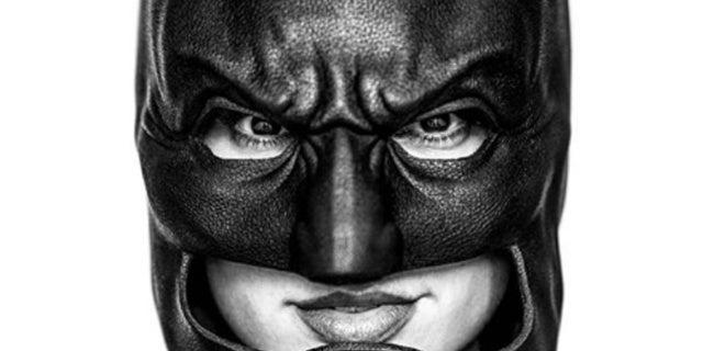 Gal-Gadot-Batman-Cowl