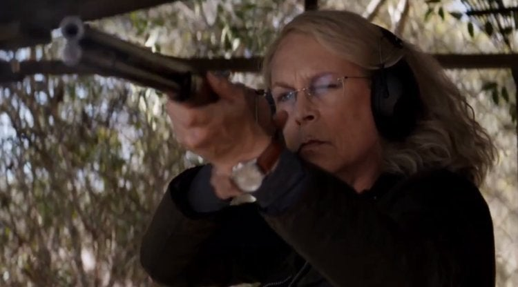 halloween movie 2018 jamie lee curtis gun
