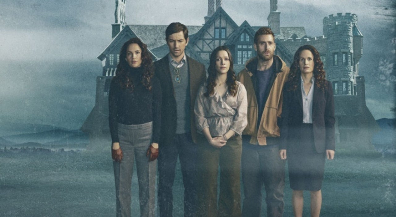 Haunting of Hill House Star Oliver Jackson-Cohen Returning for Haunting of Bly Manor
