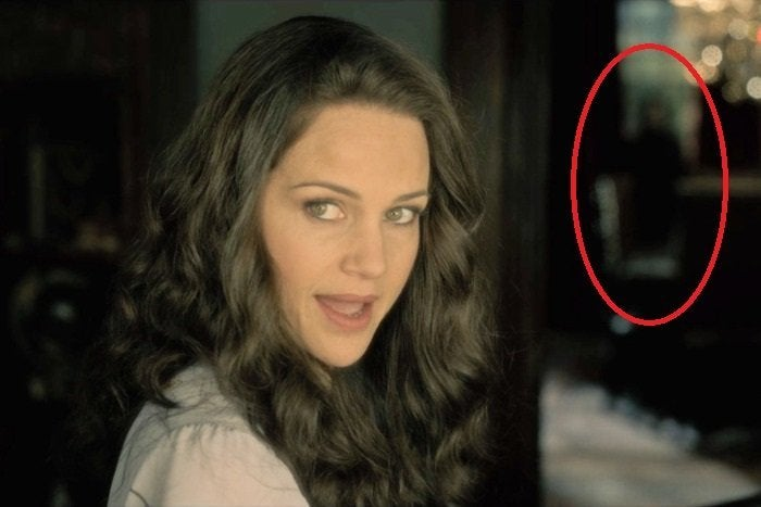 Here Are All The Haunting Of Hill House Ghosts You Probably Didn T Catch
