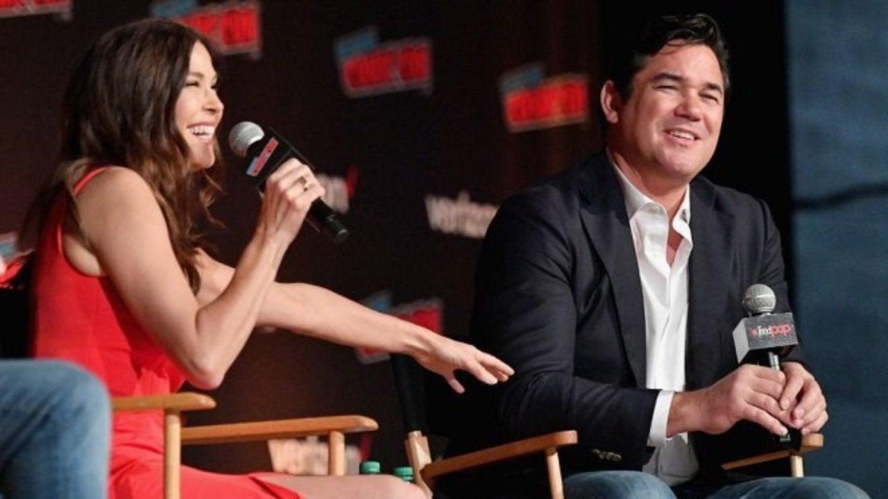 Lois & Clark   Atores fazem campanha na Comic Con por retorno da série