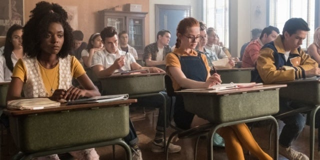 Riverdale Gets A Blast From The Past In Quot The Midnight