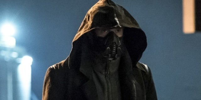 """'The Flash': """"Blocked"""" Photos Reveal First Full Look at Cicada"""