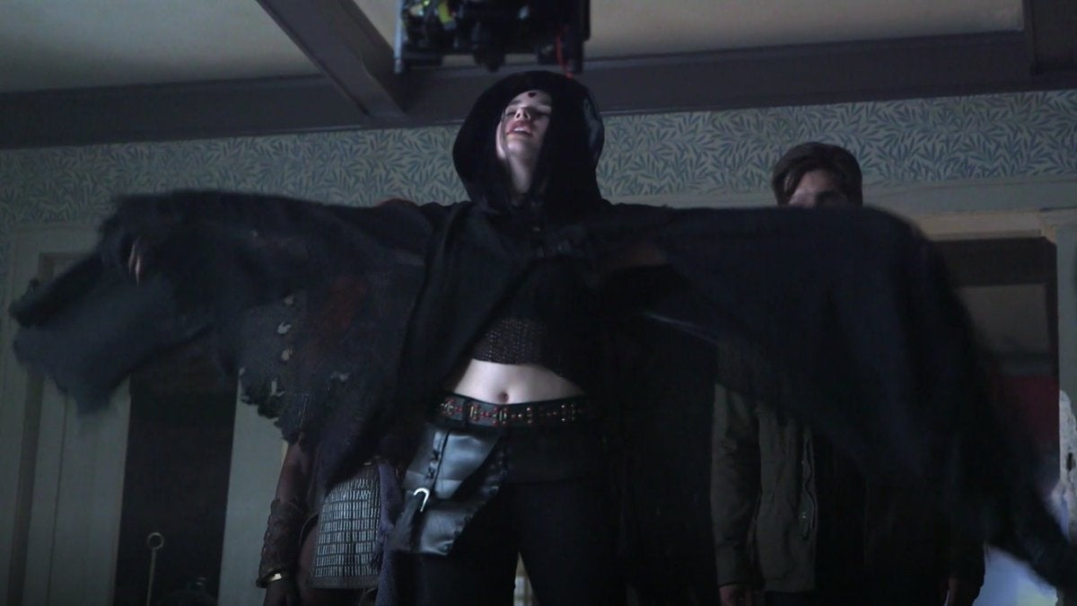 titans raven new costume