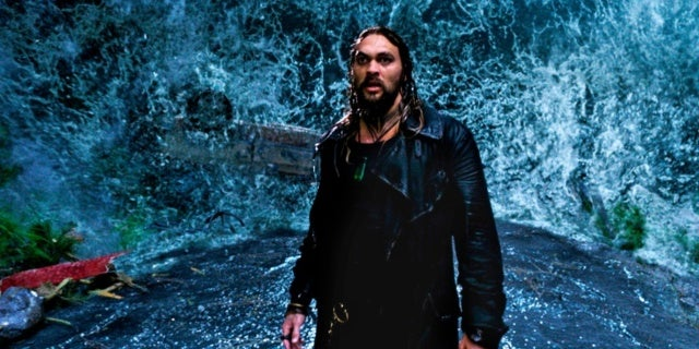 Aquaman' Director Explains Real Meaning Behind Huge Tidal Wave in Trailer
