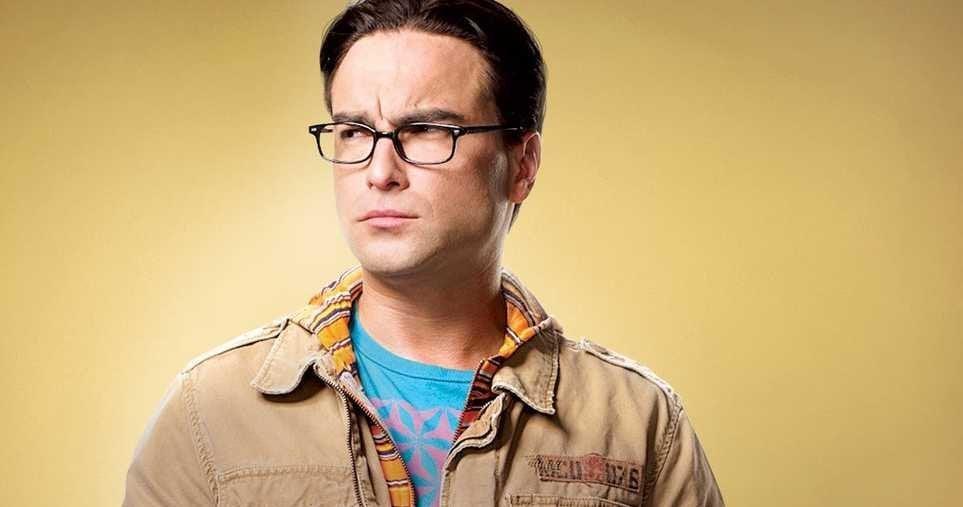 Big Bang Theory Star Johnny Galecki Injures His Hand