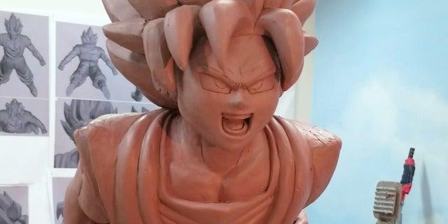 Dragon Ball Super's Goku Becoming a Macy's Day Parade Balloon screen capture