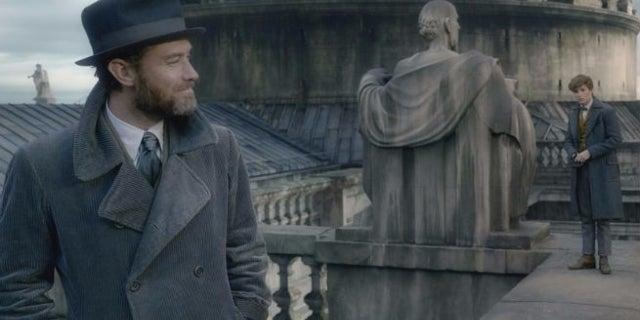 Harry Potter Fans Debate Possible Plot Hole In 'Fantastic Beasts 2'