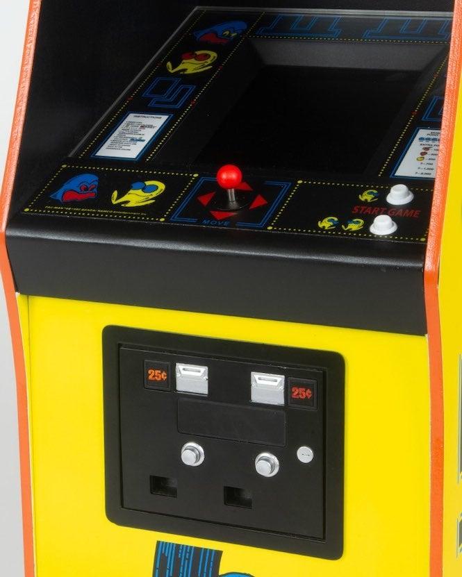 Pac-Man 4