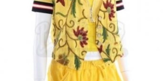 Power-Rangers-Auction-Yellow-Ranger-Outfit