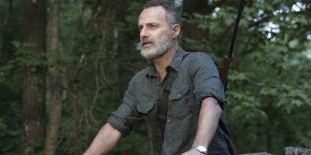 'The Walking Dead': Fans Spot Plot Hole in Rick's Exit
