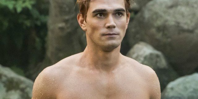 archie-andrews-shirtless-riverdale