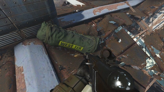 Fallout 76' Duffel Bag Gets Modded Into 'Fallout 4' and