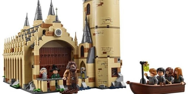 harry-potter-hogwarts-great-hall-lego-top