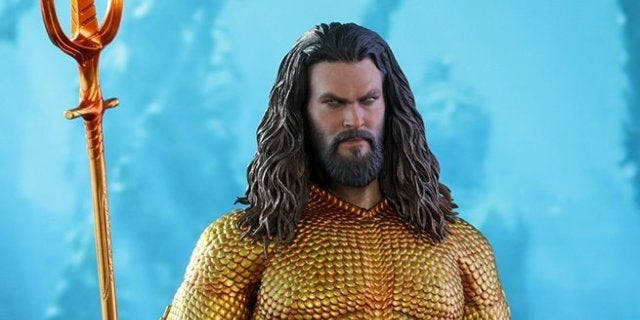hot-toys-aquaman-top