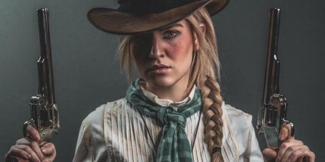 This Impressive 'Red Dead Redemption 2' Sadie Adler Cosplay Is Straight Out Of 1899