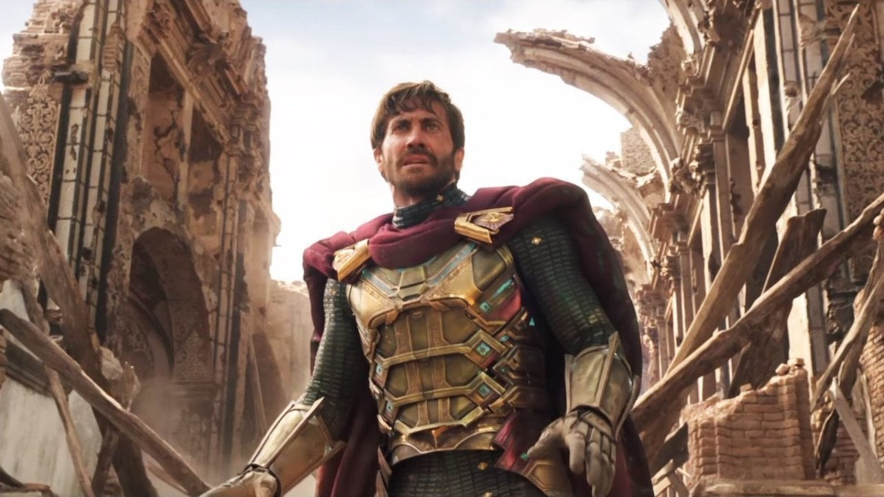 New 'Spider-Man: Far From Home' Image Shows Detailed Look at Mysterio's Costume