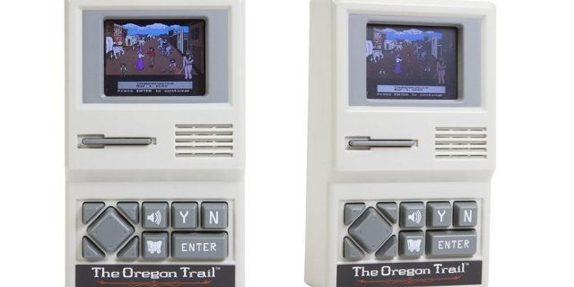 the-oregon-trail-handheld-top