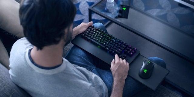 Turret for Xbox One [2018] - Lifestyle Image 02