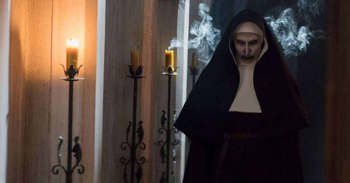 1-horror_the-nun