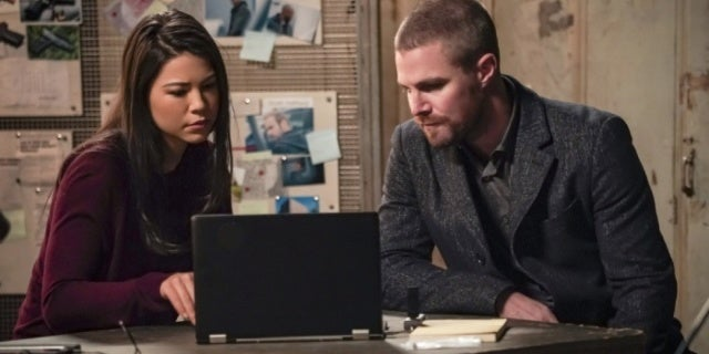 "'Arrow': It's a Family Affair in ""Brothers and Sisters"" Photos"