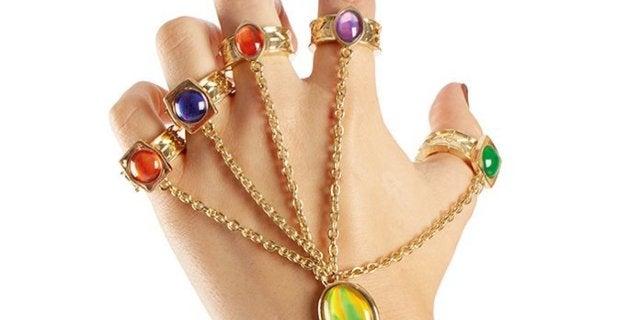 avengers-infinity-gauntlet-bracelet-top