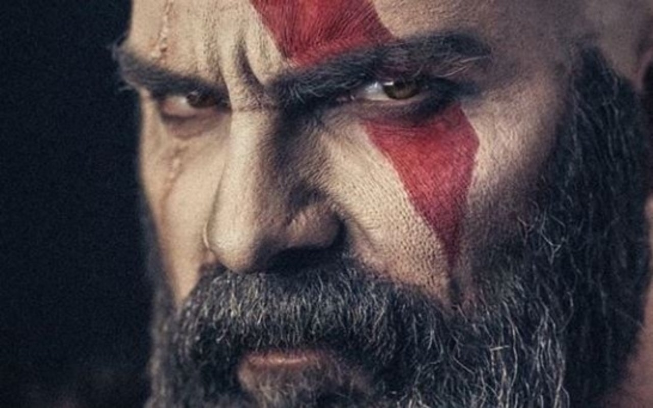 This God Of War Cosplay Is Basically Kratos Irl