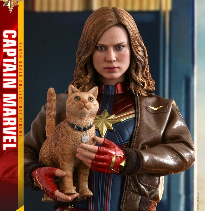 Hot Toys - Captain Marvel - Captain Marvel collectible figure (Deluxe)_PR10